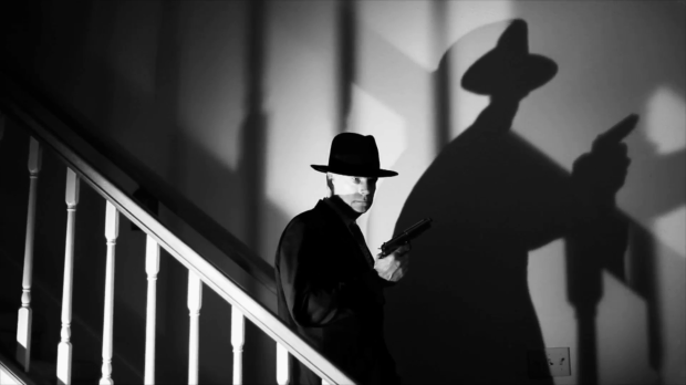 film-noir-gunman-walking-downstairs_ekec4cveg__F0000